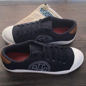 NWOB Tory Burch Navy Wally Canvas Sneaker!!!